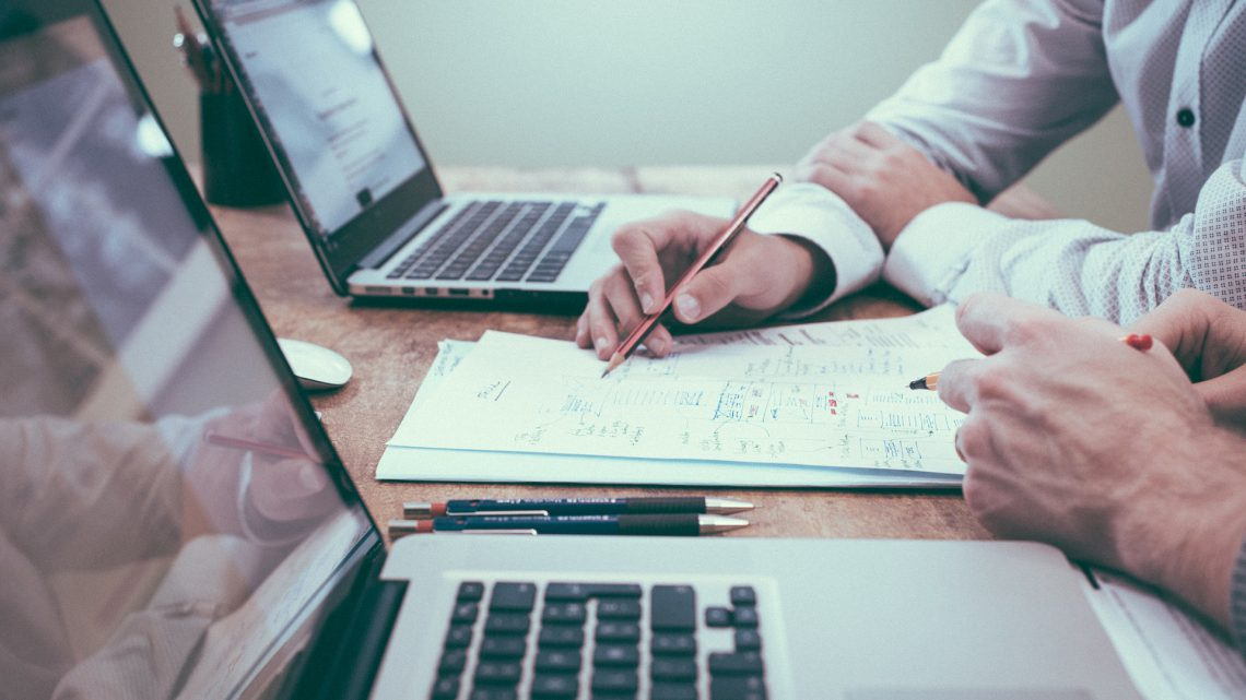 Scriptiebegeleiding en scriptiehulp aanbieders vergelijken. Een overzicht